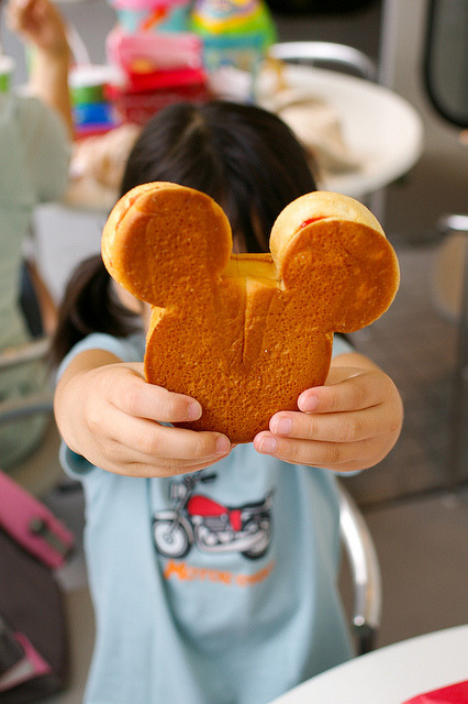 foodx3:  TDL — Mickey sandwich by akiko@flickr on Flickr.
