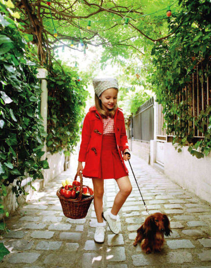 jackrogersusa:  Mignonne (cute!). habituallychic:  Vogue enfants via French Vogue