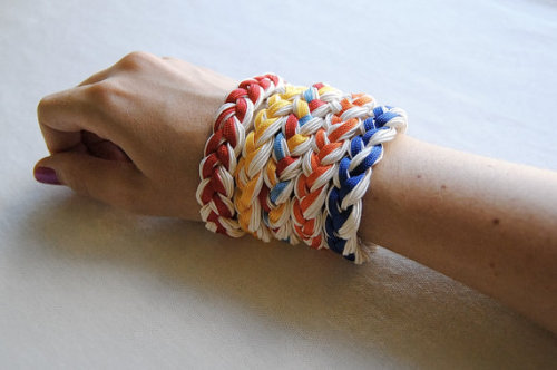 modcloth:  Etsy pick of the day! (via Friendship Bracelet Vintage Braided Rope Free by sparklefarm)