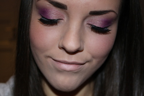 makeupbeauty:  my winter prom makeup look last year :)