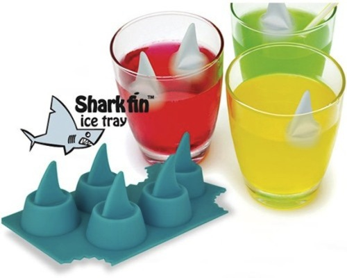 vwill:  Shark Fin Ice Tray   OOOOO