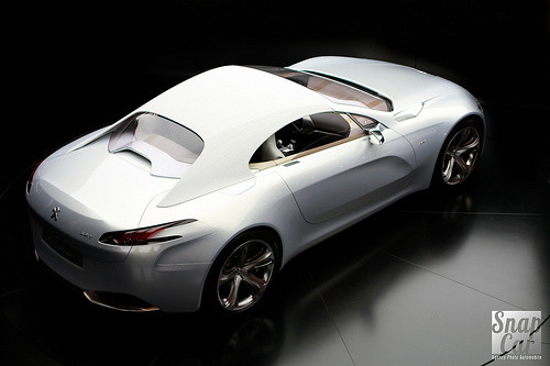 automotivated:  Peugeot SR1 (by SnapCar)