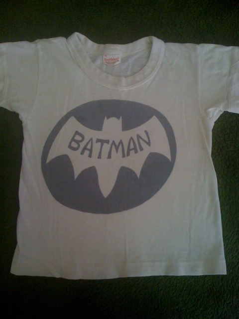 Yes, I was a true Batman fan…I wore this when I was 4 years old.  Glad I still have it.     (told you I was feeling a bit random tonight…)