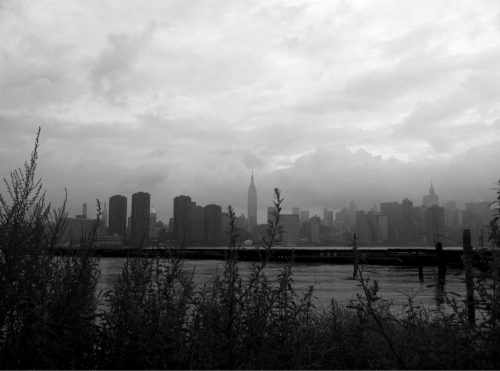 asonnenberg:  Before Irene: NYC Skyline - 10AM Saturday  Nice shot Aaron.  Beautiful.