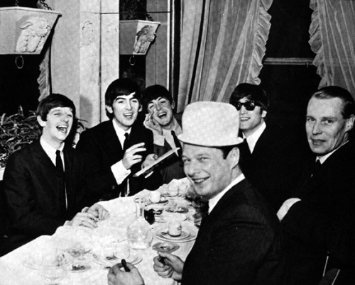 mccartney-girl:  The Beatles, Brian Epstein & George Martin in Paris, 1964.