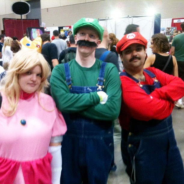 They found the princess! #supermario #fanexpo #cosplay  (Taken with instagram)