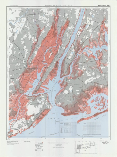 todaysdocument:  1973 NYC Storm Evacuation Map  As we brace for Hurricane Irene, we thought we'd look to see what we had in the Records of the National Archives.  We found this 1973 storm evacuation map for New York City.