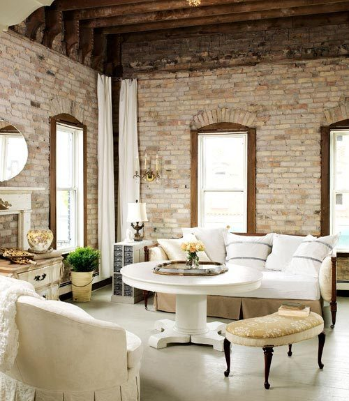heartbeatoz:  (via Mix and Chic: Beautiful living rooms!)