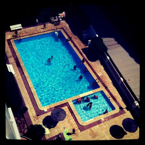 Piscinaaaa!! (Taken with instagram)