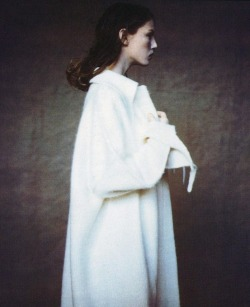 moldavia:  Angela Lindvall in Vogue Italia September 1997 by Paolo Roversi