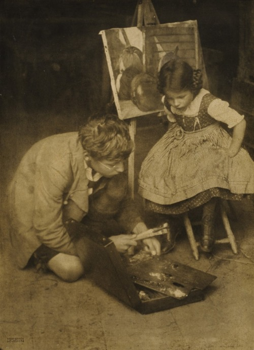 Heinrich Kühn. Walther and Lottie at the easel, 1909