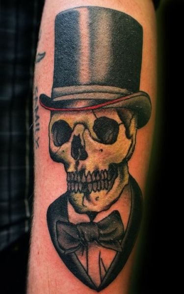 Skull Top Hat by Charley James at Third Eye Tattoos, Melbourne, Australia.