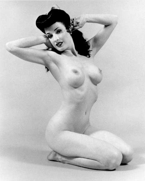 wolfdancer:  wolfdancer:- The Delectable Dita~ Stretch