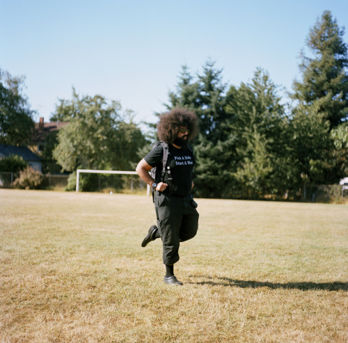 meganmcisaac:  reggie watts.portland, oregon.august 2011.