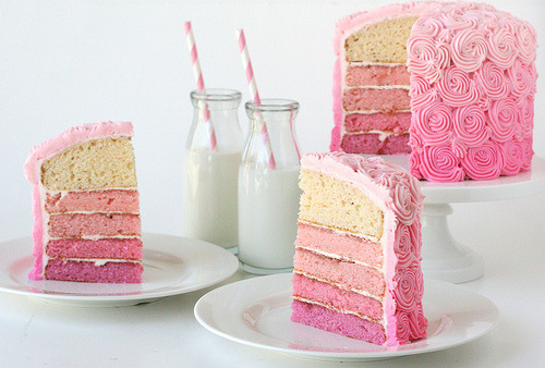 diet-killers:  Pink Layer Cake (by Glorious Treats)