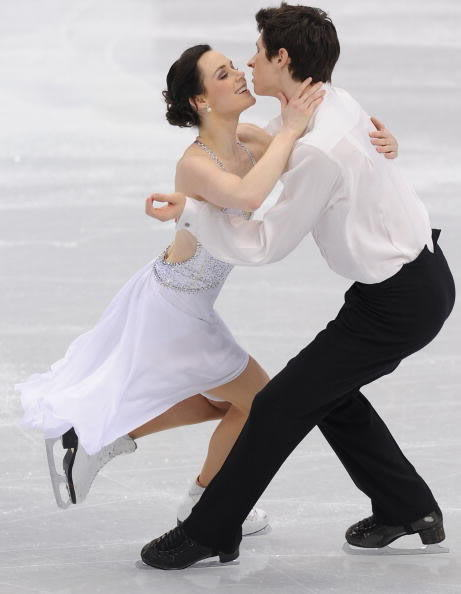 beautiful-shapes:  Virtue - Moir, 2010 FD Symphony n.5, Adagietto