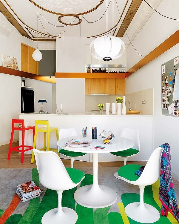 (via Barcelona House Oozes Color)