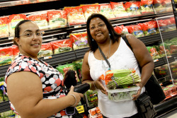 Shopping for affordable, fresh foods