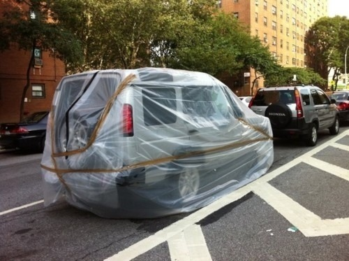 "[Top 10 Dumbest Ways New Yorkers ""Prepared"" For Irene]"