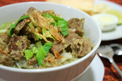 shelovesasianfood:  Soto Daging (by lidia sianturi)