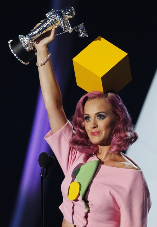 Katy Perry @ 2011 MTV Video Music Awards at the Nokia Theatre in Los Angeles - August 28, 2011.
