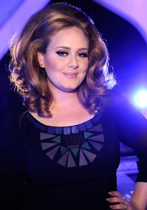 Adele @ 2011 MTV Video Music Awards at the Nokia Theatre in Los Angeles - August 28, 2011.