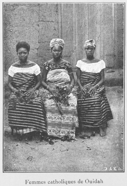 vintageblackbeauty:  Femmes catholiques de Ouidah, Benin. (1900)   I wonder if their conversion was by choice? Here's an article about the rise of Catholicism in Africa over the past century.