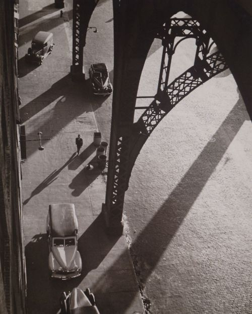 luzfosca:  André Kertész  West 134th Street, New York, 1944