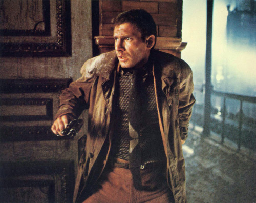 surrogateself:  Desperate Deckard