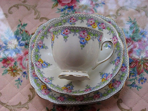 snookiecollins:  tea cup by damselfly58 on Flickr. Via Flickr: thrifted.