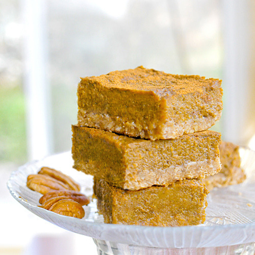 veganskinnybitch:  thekindmind:  Gluten Free and Vegan Pumpkin Oatmeal Bars  Oh my godddddd