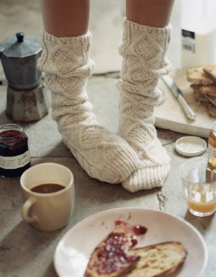 My kind of winter morning… need to get myself some large, cable knit socks! Also by Sarah Maingot.