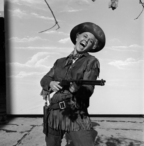 "(via Doris Day, | Flickr) in ""Calamity Jane"", 1953"