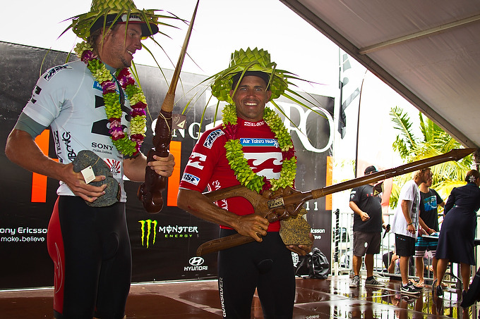 Owen Wright & Kelly slater - Billabong PRO tahiti 2011