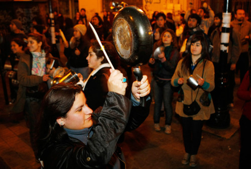 August 9th Why the pots? http://en.wikipedia.org/wiki/Cacerolazo Source: http://www.theatlantic.com/infocus/2011/08/student-protests-in-chile/100125/