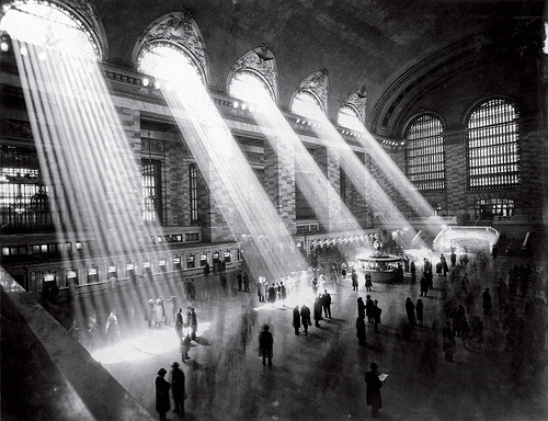 saddest-summer:  New York City Grand Central Terminal, 1934. The light no longer streams in like this any more because the buildings surrounding the station are too tall.