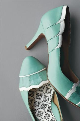Shoes in Tiffany blue? I just adore you!
