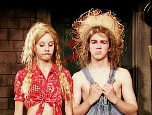 nikitadevon:  Its Time for a Hillbilly Moment! XD  I used to love this!!!