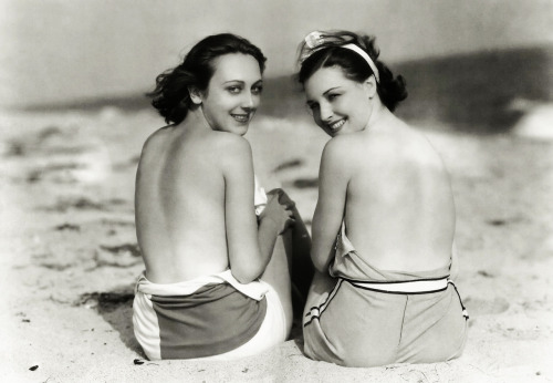 Ann Dvorak (August 2, 1911 – December 10, 1979) & Raquel Torres have there backs to the future, by Clarence Sinclair Bull, 1929