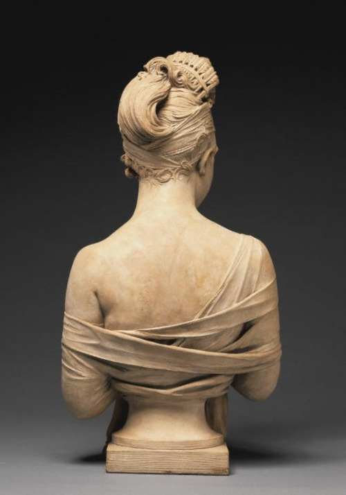 earwigbiscuits:  Bust of Juliette Récamier (back view) ~ Joseph Chinard, c.1801-2 (J. Paul Getty Museum)  Oh look how beautifully he executed her hair!  What a talent.  I'm also posting this because you can see the back of her bandeau tucked in and her GORGEOUS comb!   Here's the front: