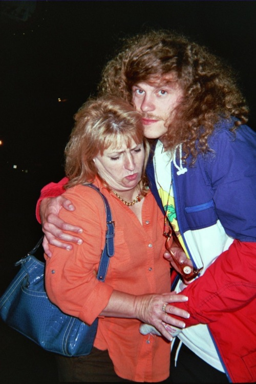 uncleblazer:  this woman didnt want to take a picture with me but i loved her and love always prevails.  god i loVE YOU