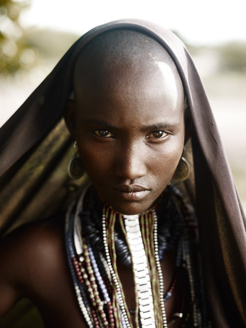 joeylphotographer:  Portrait of Rufo, Arbore tribe, Lower Omo Valley, Ethiopia© JOEY L