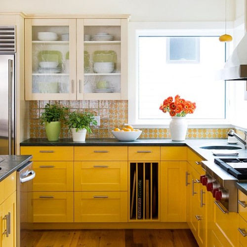 prettykitchens:  Another pretty yellow kitchen.   Things just right about this photo Wooden Floors Tile Yellow Crisp Porcelain