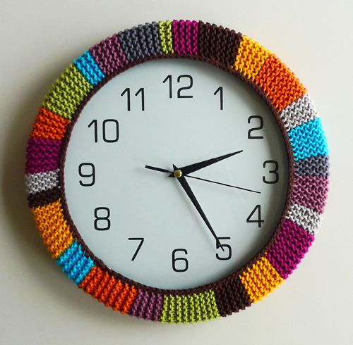 boatsandbellsandbeams:  How to brighten up a wall clock.   I love love love this.