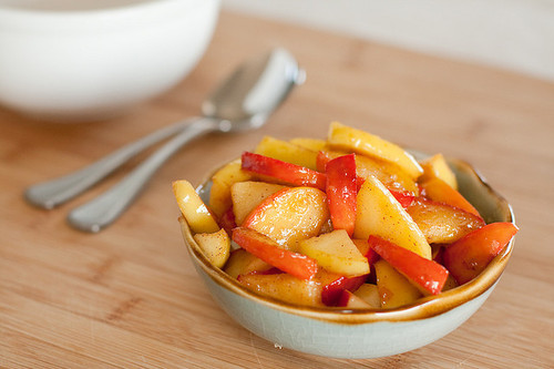 gettingahealthybody:   Chop apples Microwave for a few minutes Add honey and cinnamon   Easy peasy, healthy snack.