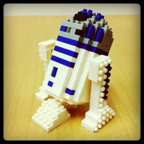 Nanoblock R2D2 … See http://fb.me/chrisnanoblock for more