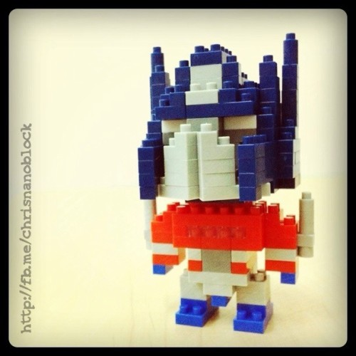 Nanoblock Optimus Prime G1 … See more at http://fb.me/chrisnanoblock