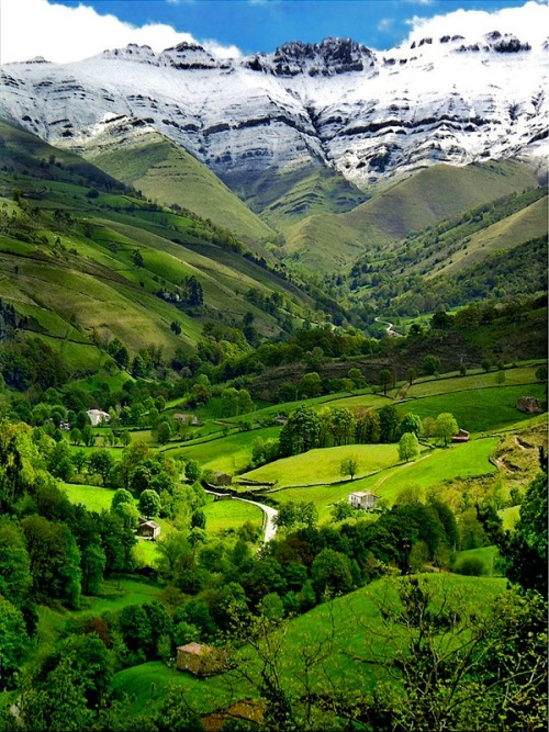 ysvoice:  | ♕ |  Pisueña Valley in Pyrenee Mountains, Spain  |  by lapidim