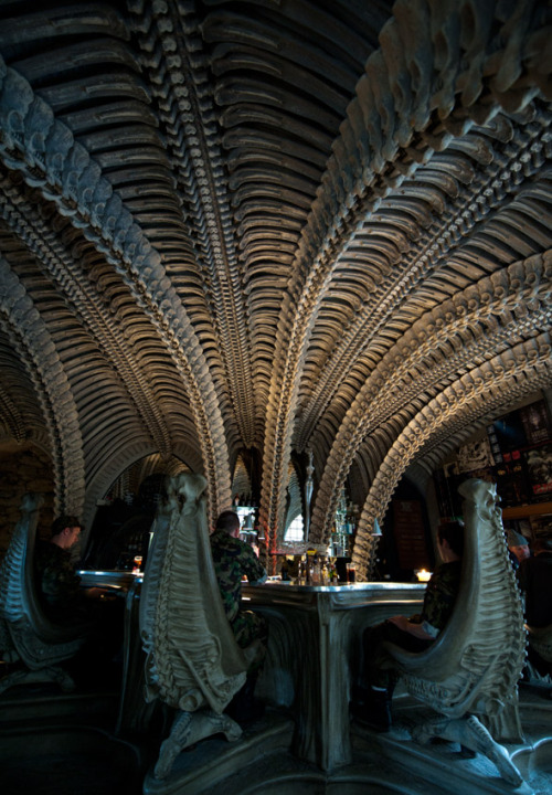 "lickypickysticky:  A bar in Switzerland with the interior of the movie ""Aliens"""