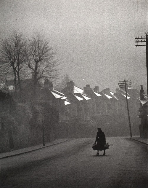 Carl Mydans Fog Coming in, Swansea, Wales, 1954